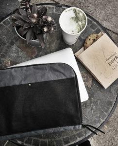 MUNC_Laptop Case